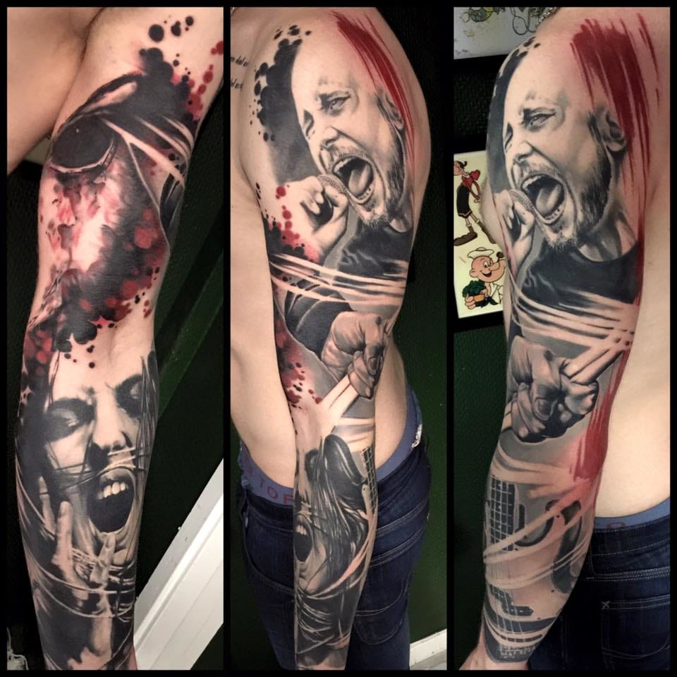 Unbelievable realism in this tattoo sleeve.