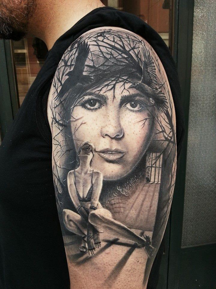 Nossa cara! Que tatuagem sensacional! #realismo #pretoecinza