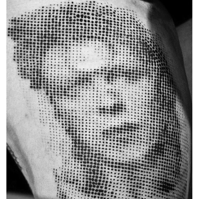 Dotwork Bowie made by @boogmanson