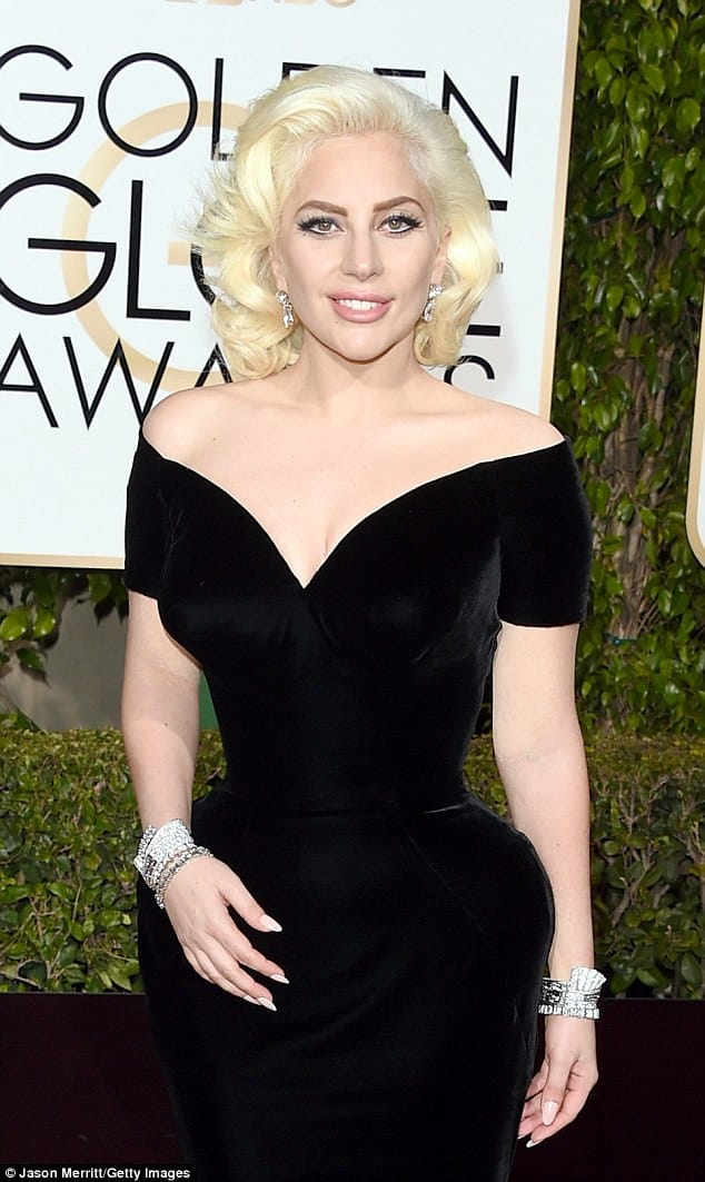 Not a tattoo in sight! The 2015 Golden Globe Awards