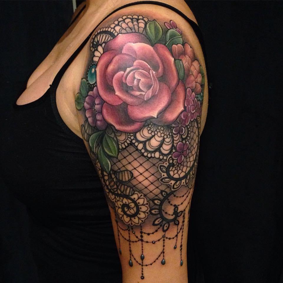 Delicate paisley rose design.