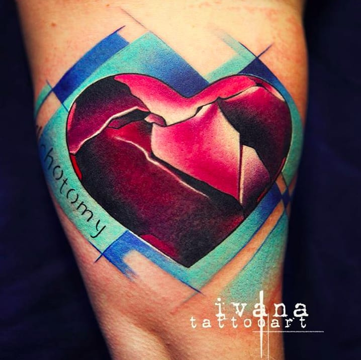 Beautiful shading in this heart by Ivana Tattoo Art.