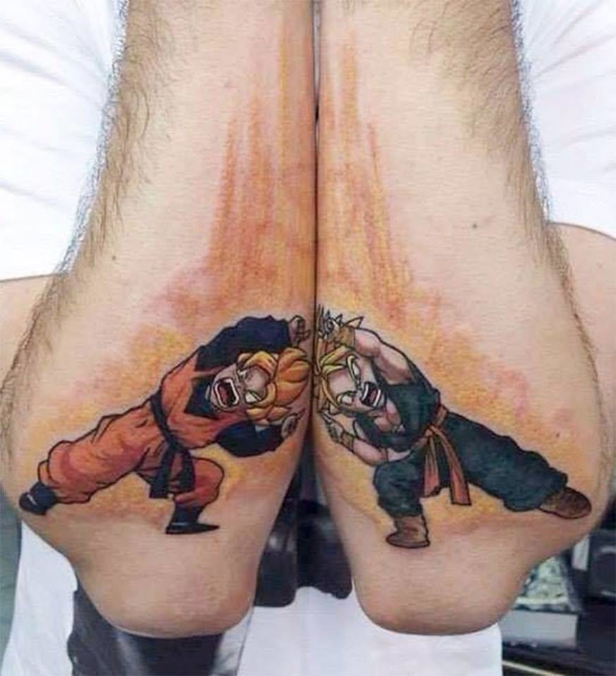 Haha! Fantastic split tattoo by Suliée Pepper...