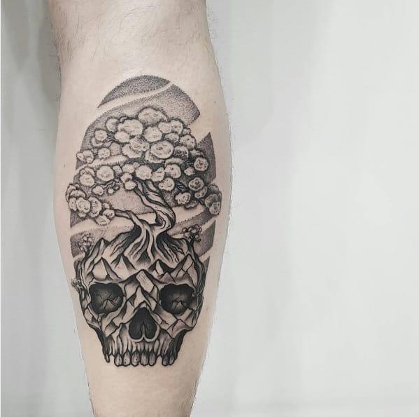 Amazing skull tree piece!