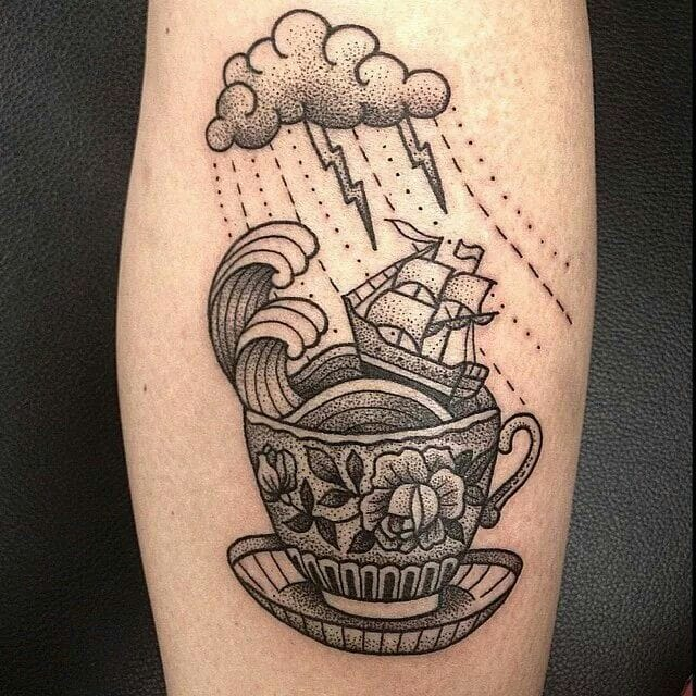 Another stormy tea by Susanne König.
