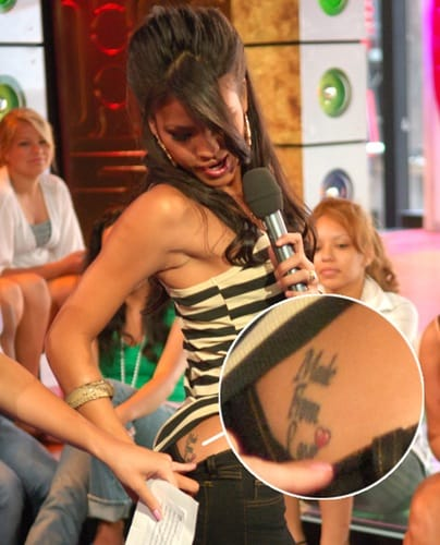 """The singer Cassie Ventura flashed her """"Made From Love"""" live on a tv show! via getty images"""