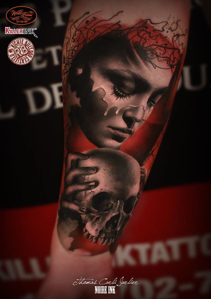 Gorgeous lady and skull.