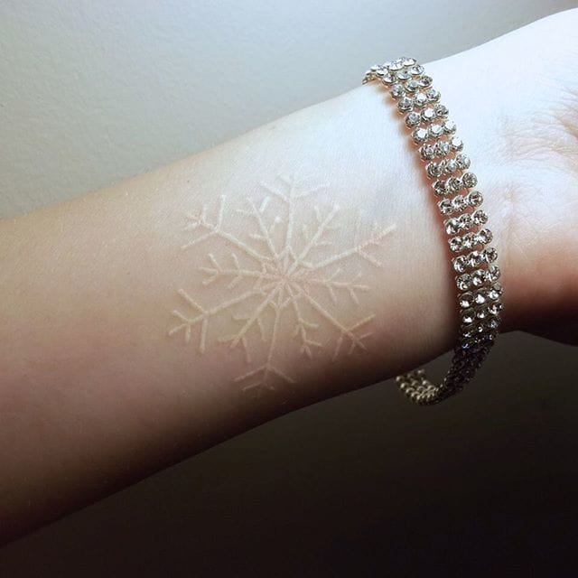 Courtesy of Inked Girls #whiteink #snowflake #geometric