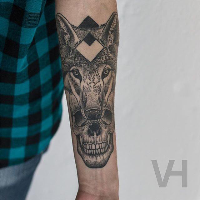 Classic symmetrical/geometric skull + animal portrait