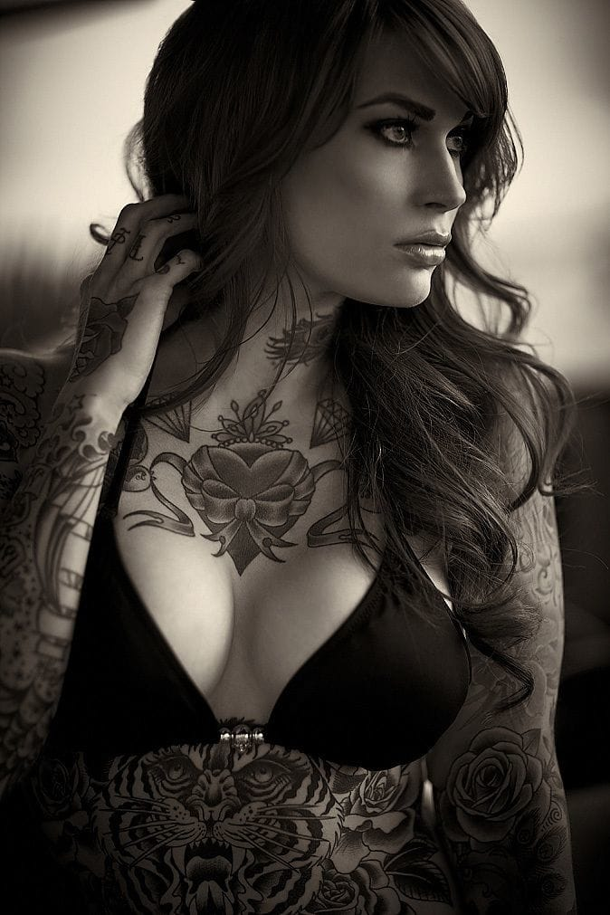 Breath-taking photographs of tattoo models. In this one Mary-Leigh Maxwell shot by Michael Spain Smith. #tattoomodel #tattoodobabes