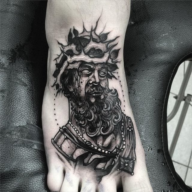Check out the details on this one! Tattoo by Leny Tusfey