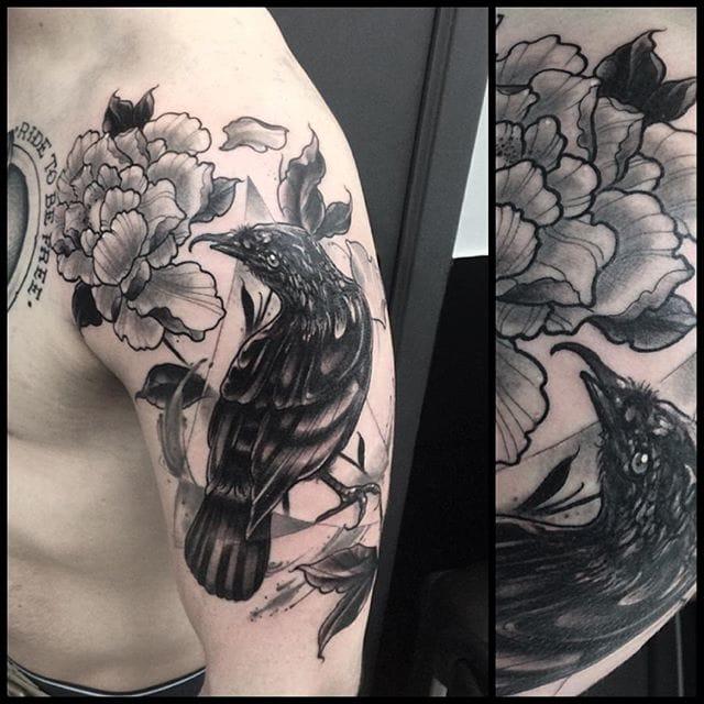 Crow and peony tattoo by Leny Tusfey