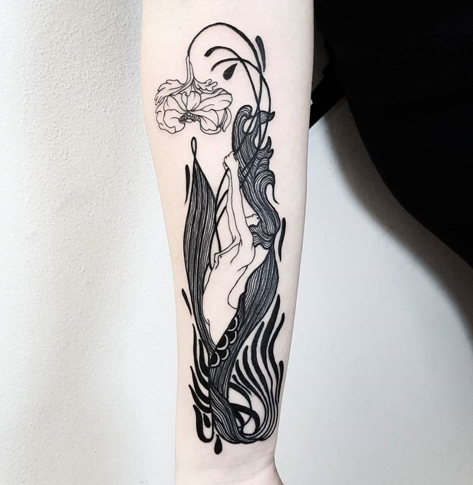 Graceful tattoo #MatteoNangeroni #artistictattoo