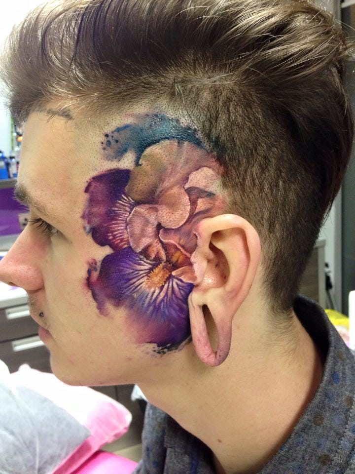Matching flowers on each side of the face...
