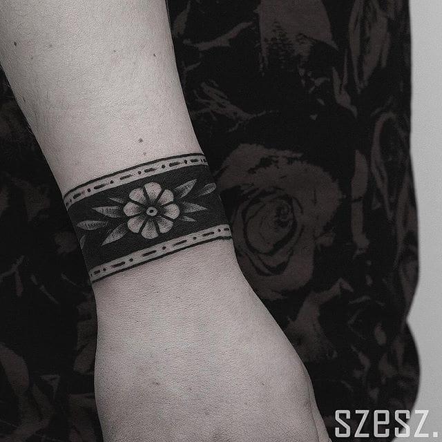 12 Classy Cuff Tattoos
