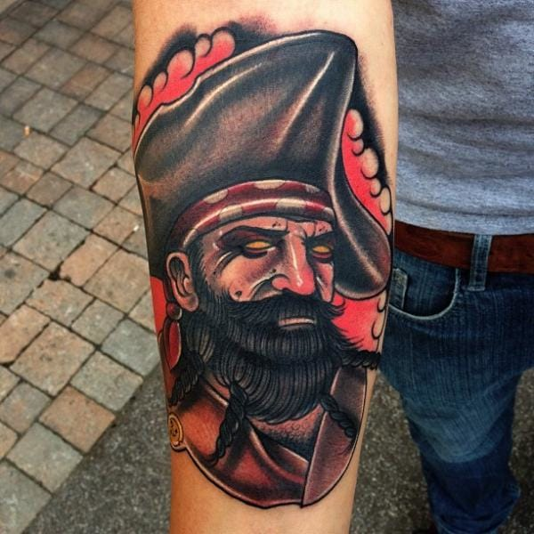 Love the look of this pirate by Mike Stockings!