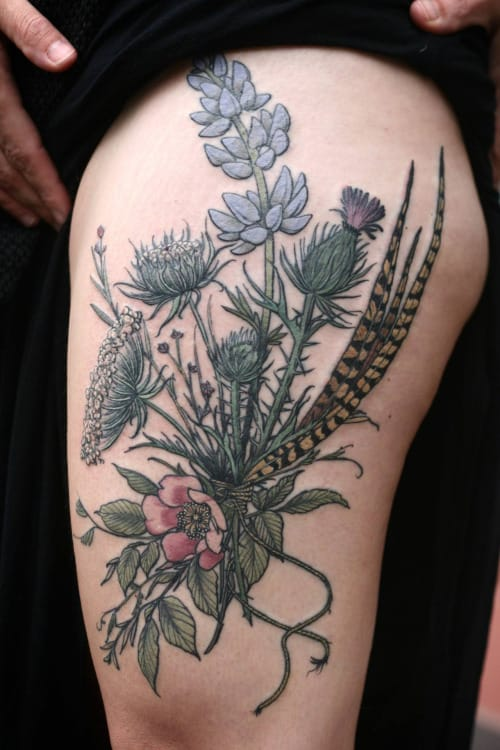 Nature inspired floral tattoo by Alice Carrier #floral #alicecarrier #flower