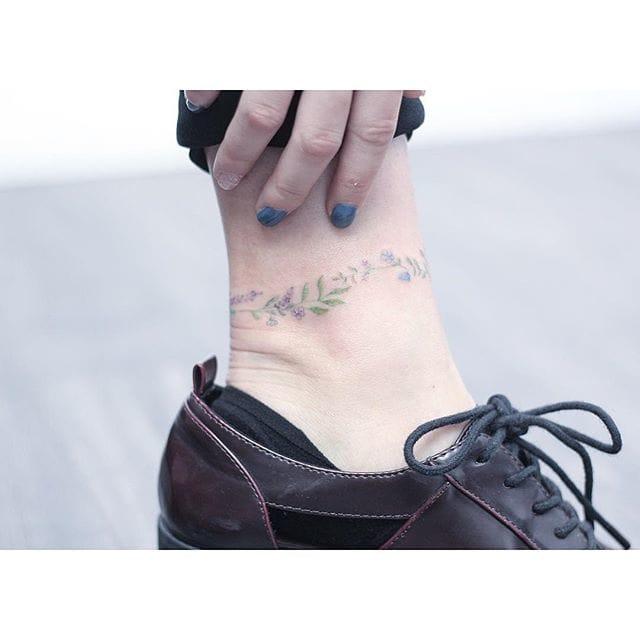 hong kongs sweetheart mini lau and her subtle tattoos