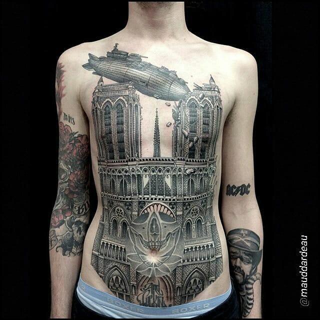 Epic torso by Maud Dardeau...