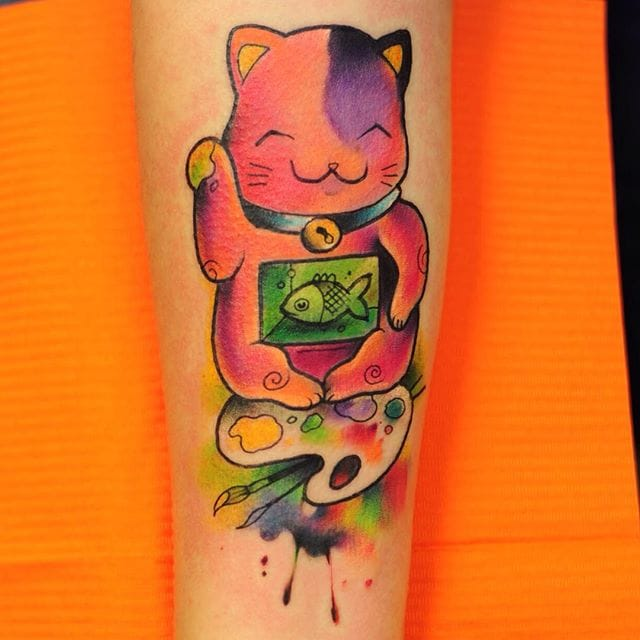 Lucky cat for artists!