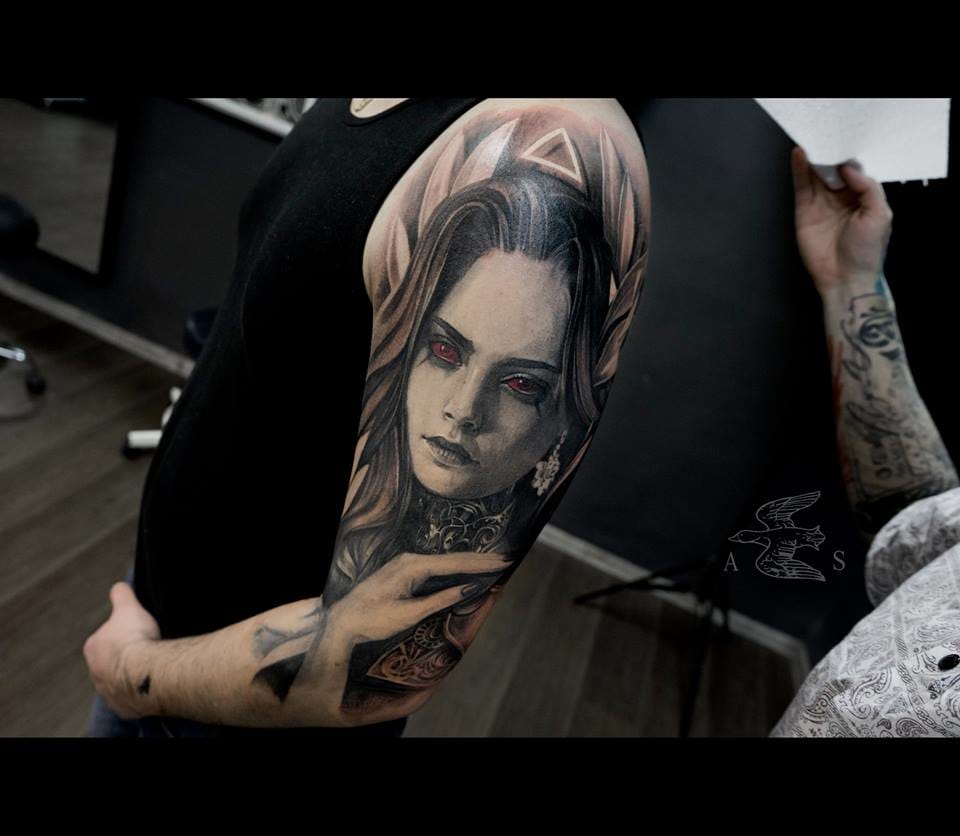 Cara is turning into a full sleeve.