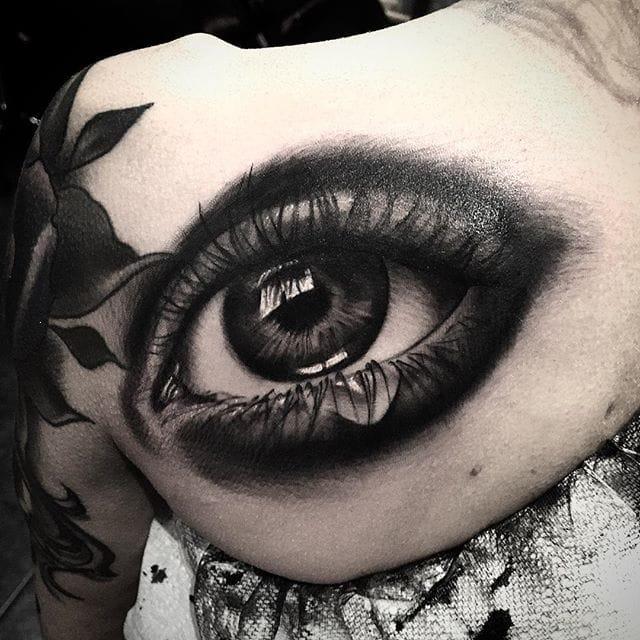 Daniel Baczewski also does awesome realistic tattoos #DanielBaczewski
