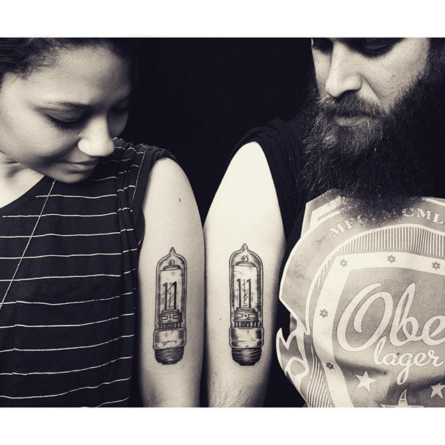 Matching couple light bulb tattoos by Elanmie Steinway #coupletattoo #lightbulb #matching #blackwork