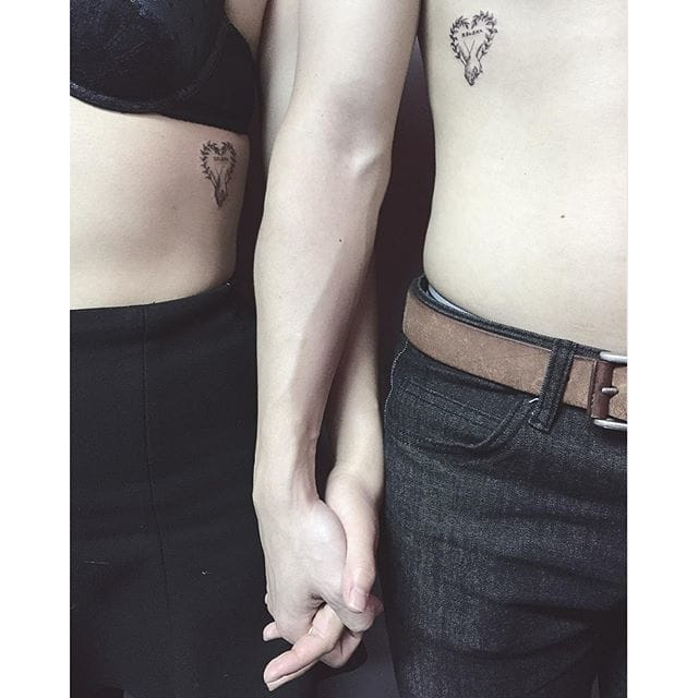 Matching love tattoos by @panta_choi/Instagram #matching #linework #blackwork #hearts #coupletattoos