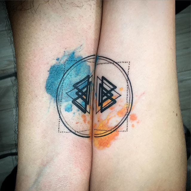 Matching tattoo @skullnbones/Instagram #watercolor #coupletattoo #geometric #matching