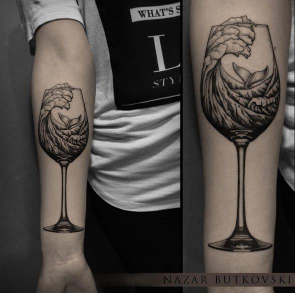 Excellent detail in this wine glass tattoo by Nazar Butkovski. Photo: Instagram.