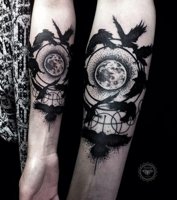 Bird and moon tattoo by #DmitriyTkach. Photo: Instagram.