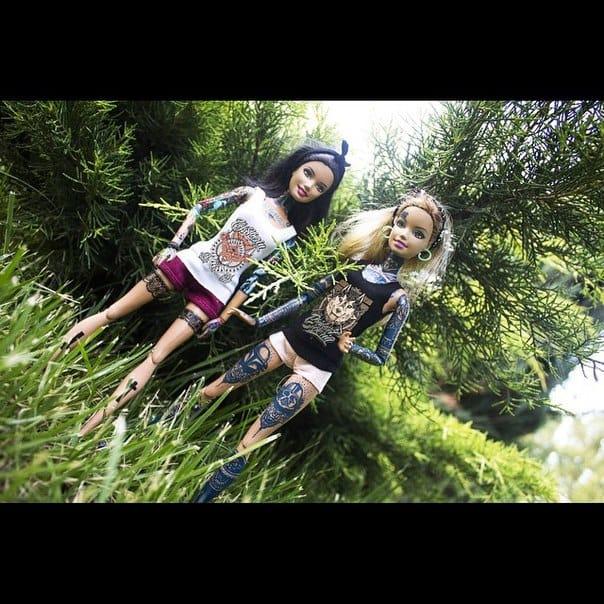 Tattooed Barbies. Photo: VK.com.