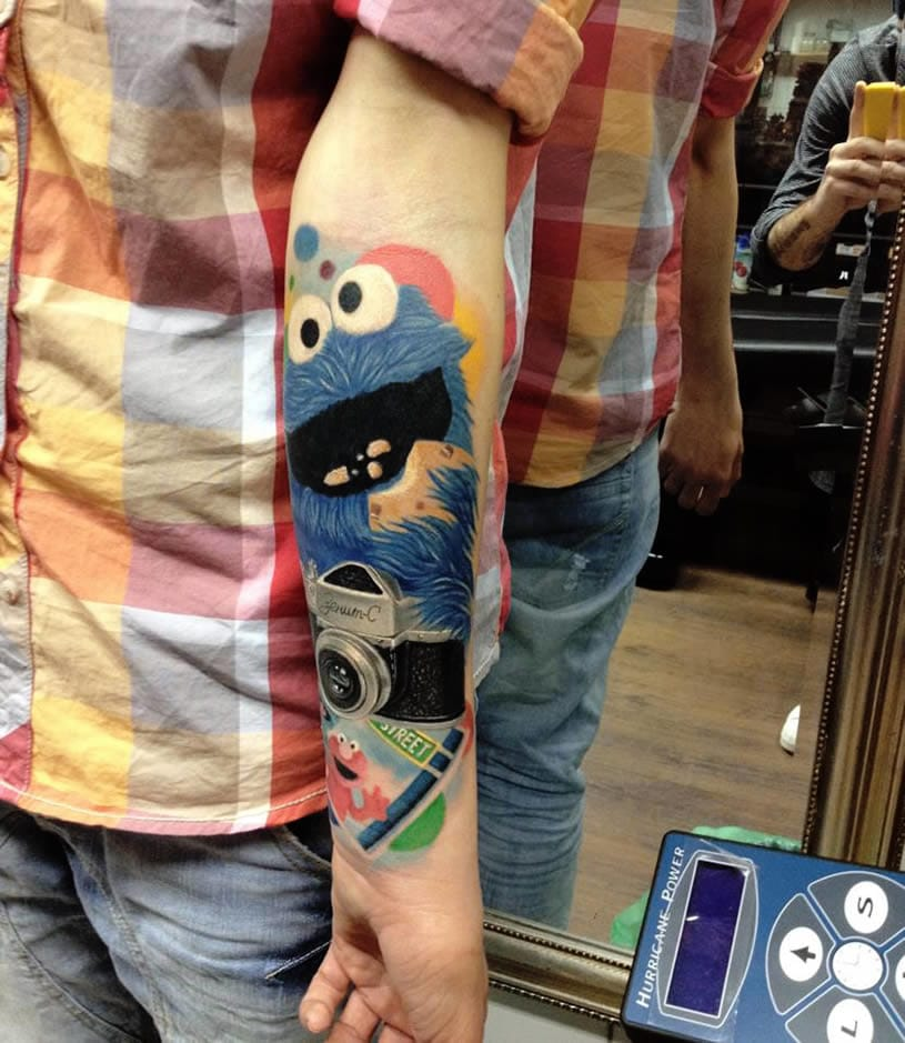 Solid and colorful Cookie Monster sleeve!