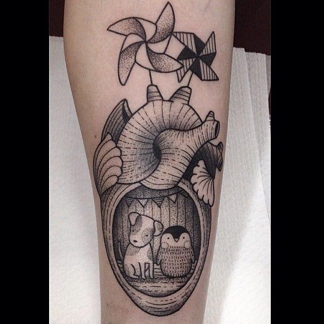 Playful anatomical heart tattoo #SusanneKönig