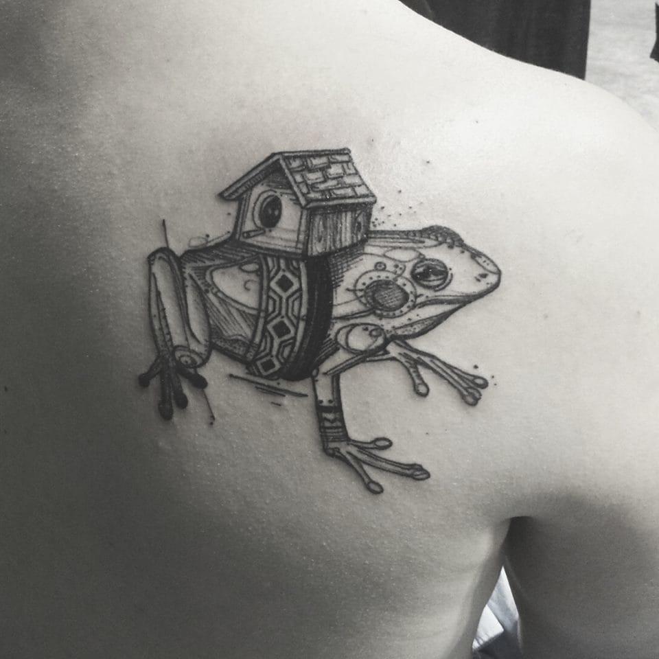 Poetic frog tattoo #VickyFiliault