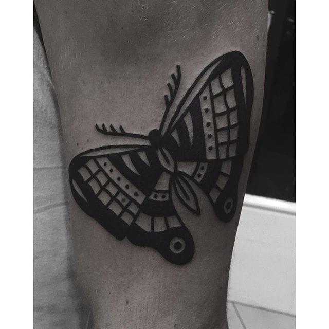 Blackwork Butterfly Tattoo by Han Shinko #butterfly #blackwork