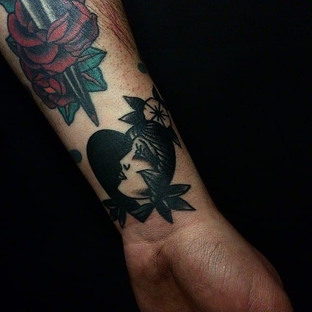 Traditional love girl tattoo #MicheleIanni