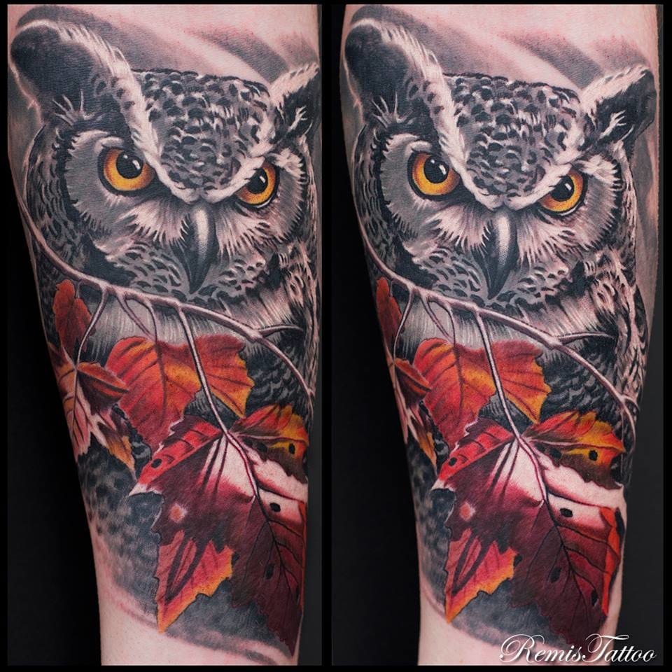 Owl tattoo by Remis Tattoo. Photo: Facebook.