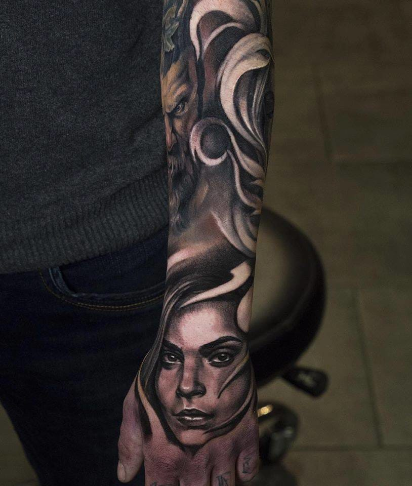 Amazing hand tattoo #JulienThibers