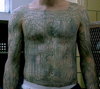 Scofield's tattoo design revealed an intricate map of Fox River prison where he and his brother were being held, Michael Schofield and his Prison Break tattoo #prisonbreak #michaelschofield