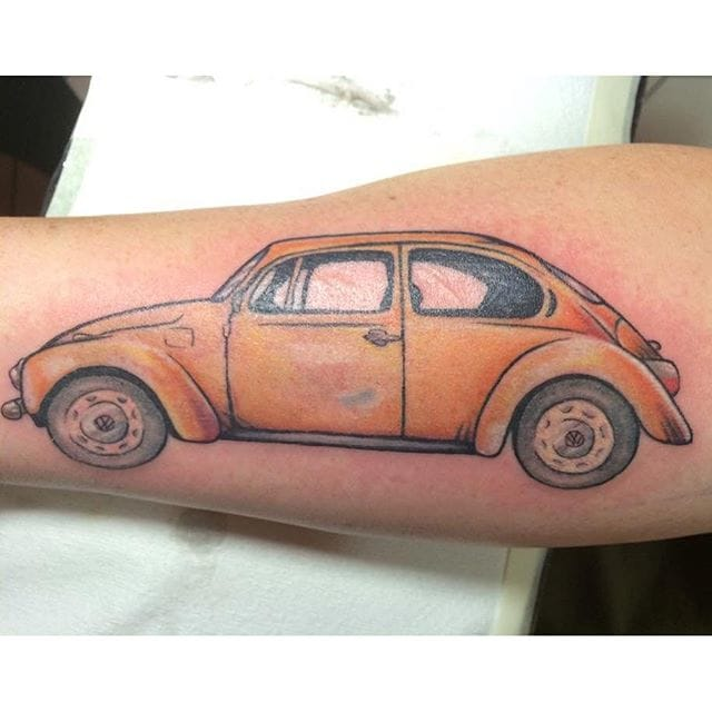 Great fading on this yellow Bug, by Jasmine Carrol