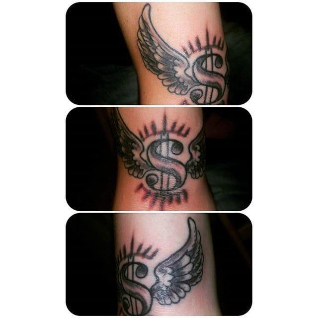Flying money tattoo by @rickytat