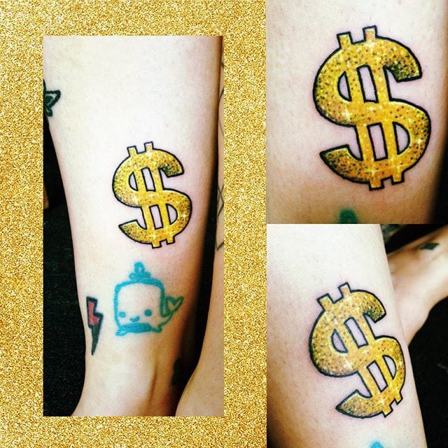 Shiny dollar sign tattoo via @solostarska