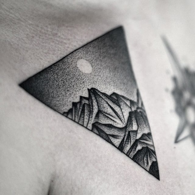 Gorgeous Carefully Crafted Dotwork Tattoos By Kamil Czapiga
