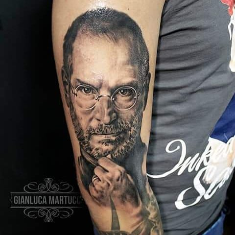 Steve Jobs Tattoo by Gianluca Martucci #stevejobs #portrait #gianlucamartucci