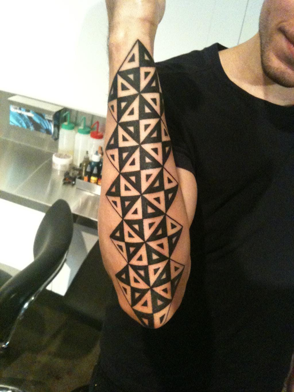 Example of simple geometric tattoos, by Lazer Liz.#geometric #geometry #lines #linework #LazerLiz