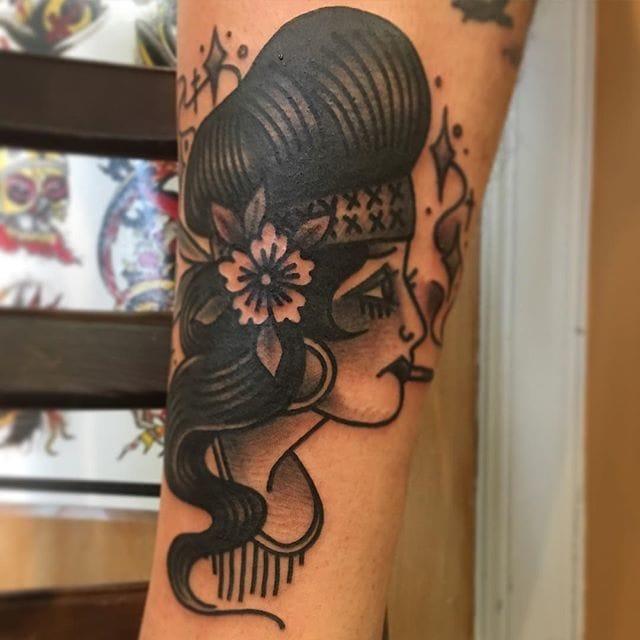 Cholita girl head by Rob Benavides