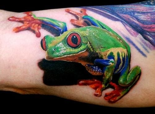 Awesome frog tattoo, artist unknown #frogtattoo #realistictattoo