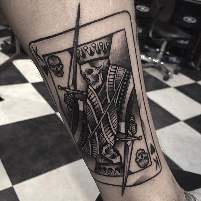 Tattoo done by Gara. All photos from @gara_tattooer