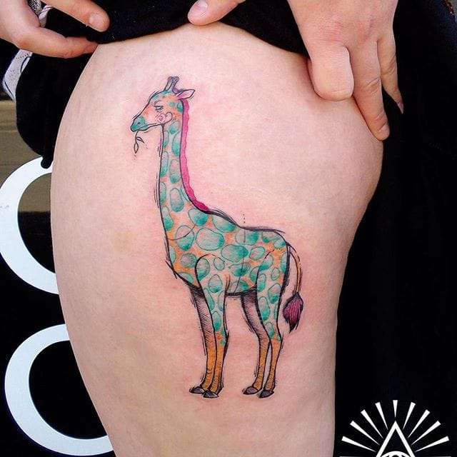 Artsy! #CynthiaSobraty #giraffetattoos